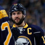 Gionta, Sabres interested in keeping marriage made in heaven