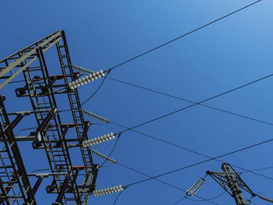 635678868208925493-power-lines