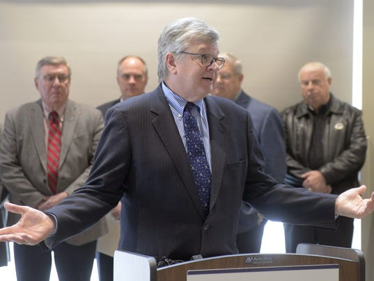 Tim Hanna, Appleton Mayor, dark stores press conference