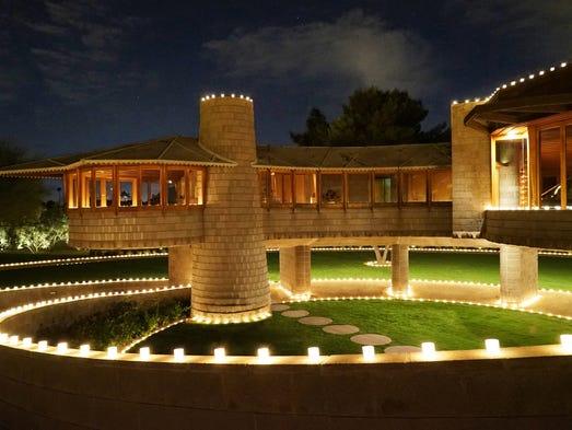 10 great frank lloyd wright home tours for Home video tours
