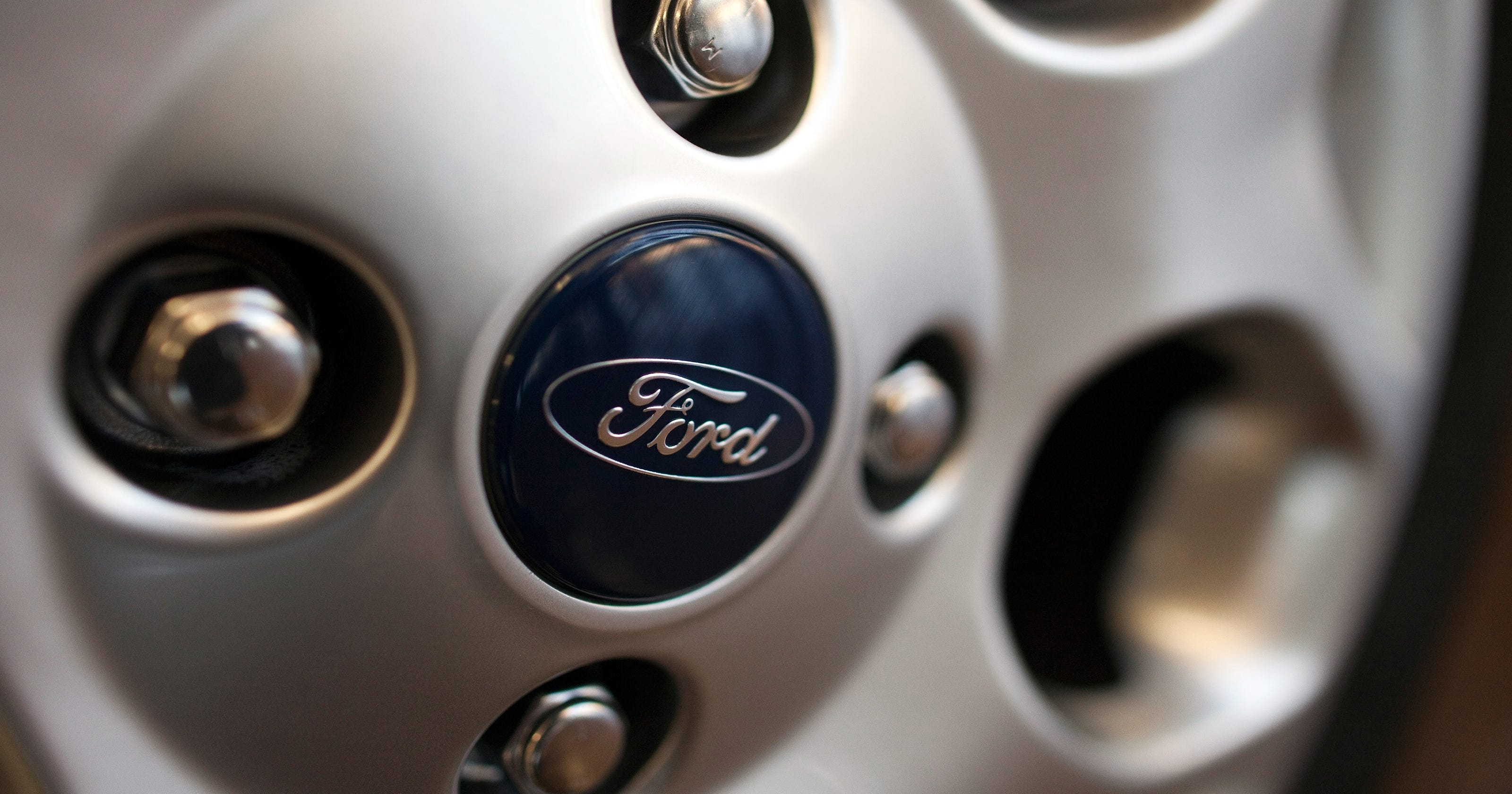 Ford Fusion Door Handle Recall >> Ford Expands Door Handle Recall To 156 000 Vehicles