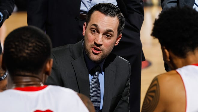 Head Coach Matt Brase of the Rio Grande Valley Vipers talks to his player during a break in the action against the Idaho Stampede at CenturyLink Arena on February 20, 2016 in Boise, Idaho. Could Brase be the next Arizona Wildcats basketball head coach?