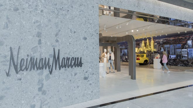 Neiman Marcus' profitability has started to decline again.