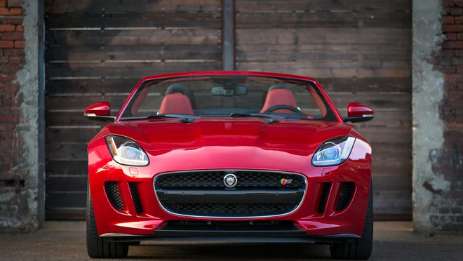 The 2014 Jaguar F-Type S looks particularly fetching in Italian Racing Red.