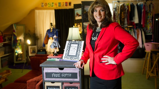 Brenda Edmondson has turned selling clothes from her home into a thriving business by using an online consignment app called Poshmark.