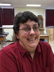 Donna Richardson, Mater Dei High School physics and statistics teacher