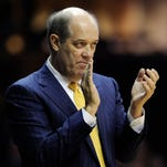 Vanderbilt coach Kevin Stallings claps for the Commodores during the game with Alabama on Jan. 16, 2016.