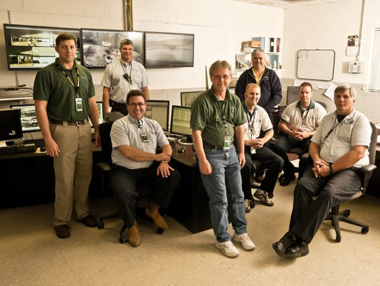 ELM 091214 elmira airport operations crew prov.jpg