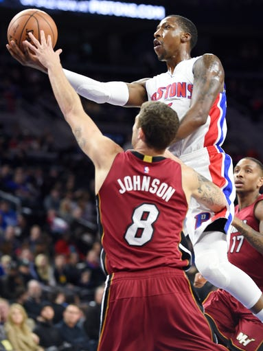 Pistons' Kentavious Caldwell-Pope scores over the Heat's
