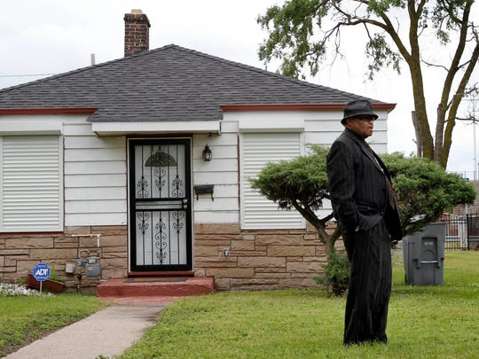 """Joe Jackson, father of the late """"King of Pop"""", Michael Jackson, tours the old family home on June 2, 2010, in Gary, Ind."""