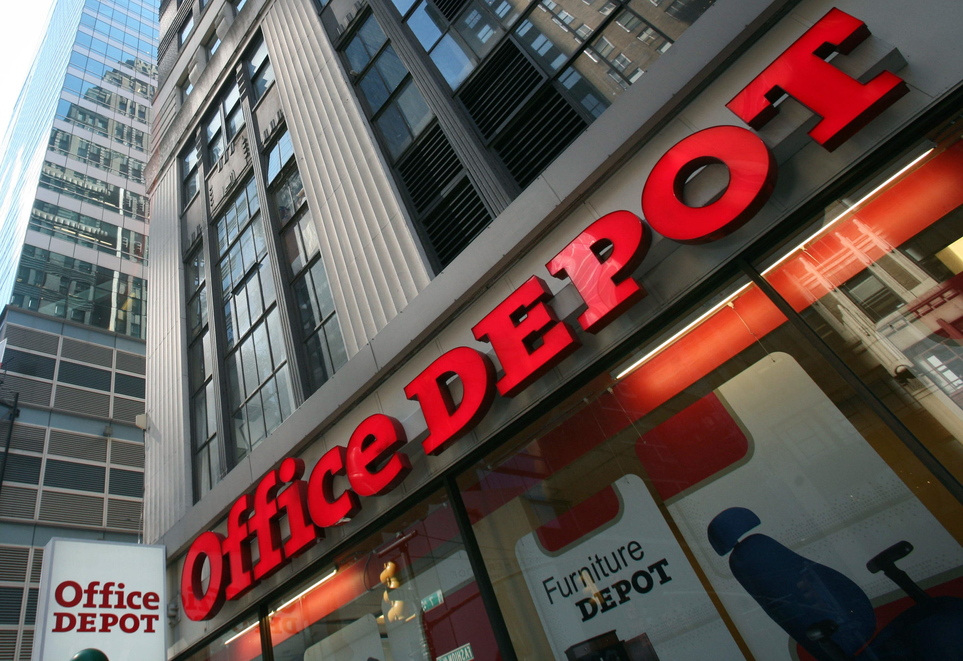Bon AP STAPLES OFFICE DEPOT F FILE USA NY