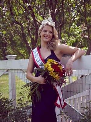 Erin Molinaro - Mrs. New Jersey America 2015