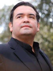 Aquiles Machado, tenor