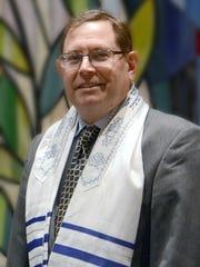 Rabbi Steve Gold leads Beth Am Shalom in Lakewood.