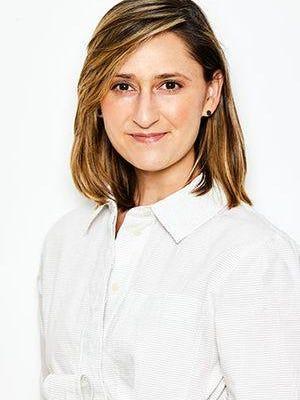 Erin Geiger Smith, Columnist