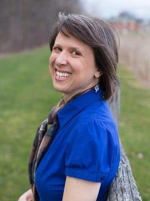 Mental health counselor Lynn Acquafondata runs dream interpretation sessions at Crossbridge Counseling in Rochester