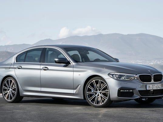 636194285085438577-2017-BMW-5-Series2.jpg