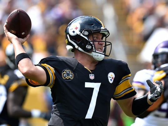 FILE - In this Sunday, Sept. 17, 2017, file photo, Pittsburgh Steelers quarterback Ben Roethlisberger passes during the first half of an NFL football game against the Minnesota Vikings in Pittsburgh. The Steelers play the Chicago Bears on Sunday, Sept. 24. (AP Photo/Don Wright, File)