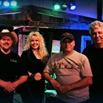 Kickin Kountry closes out Music on the Square