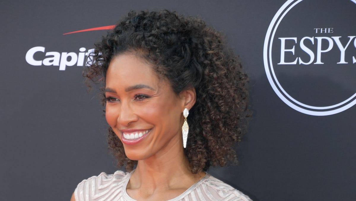 Sage Steele apologizes days after saying ESPN mandating vaccine was 'sick' and 'scary'