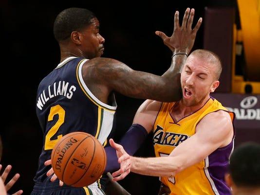 Jazz Lakers Basketball (2)
