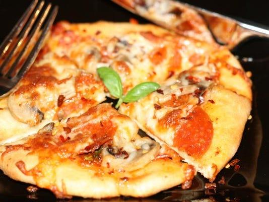 Personal Pizza.JPG