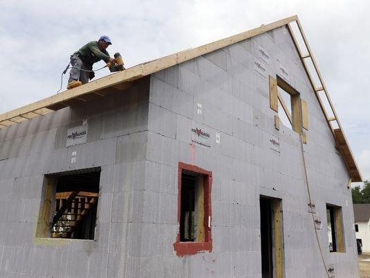 1377267473000-AP-New-Home-Sales.jpg