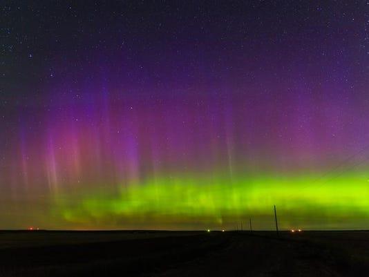 -Northern Lights.jpg_20140120.jpg