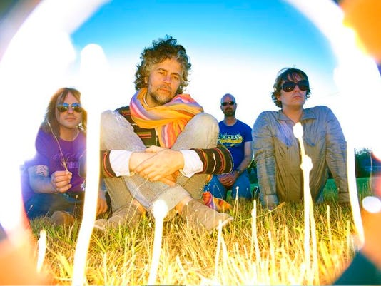 -Flaming_Lips2.jpg_20100413.jpg
