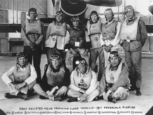 First Enlisted Class 1917.jpg