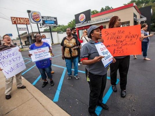 -082913-Fast Food Wage Protest.rc0028.JPG_20130829.jpg