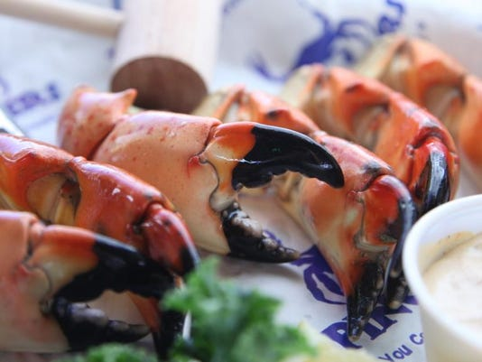 Pinchers stone crab claws