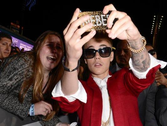 People-Justin Bieber_Schu.jpg