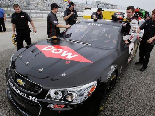 MTN0123 NASCARQualifying