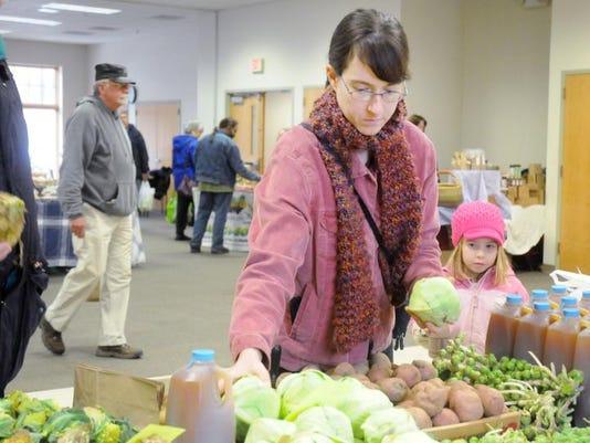 POU 0212 Farmers Market My Valley