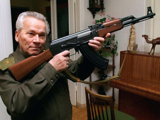 Russia Obit Kalashnikov (2)