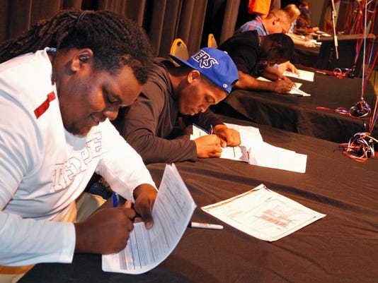National Signing Day Cocoa High 1.jpg