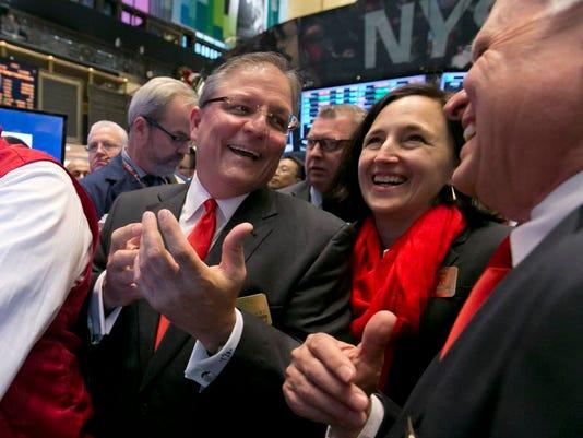 Wall Street Unstoppab_Buit.jpg