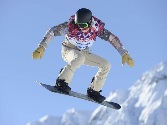 1391518226000-USP-Olympics-M-L-Snowboading-Slopestyle-Training.jpg
