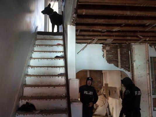CHL 0208 police dog 01 MAIN