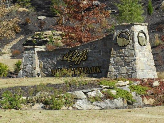 Cliffs at Mountain Park.JPG