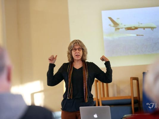 ALRT LEAD SAL0127-Drone debate 3582.jpg