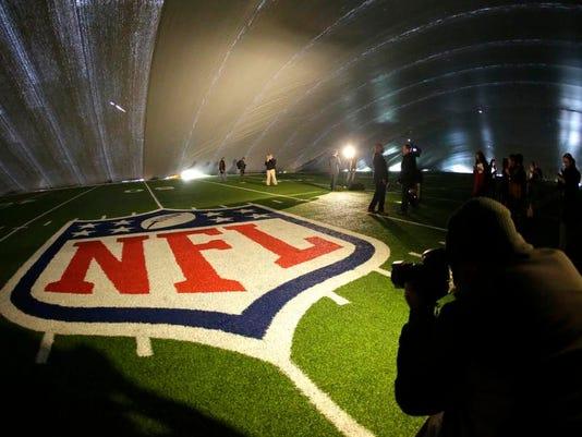Super Bowl Turf Duspu_Schu.jpg