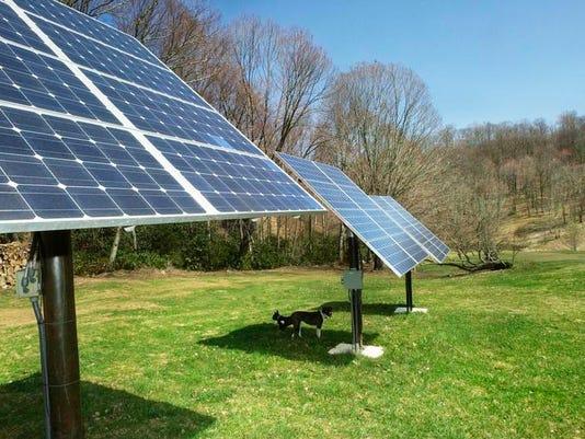 -Solar Panels 0410.jpg_20030408.jpg