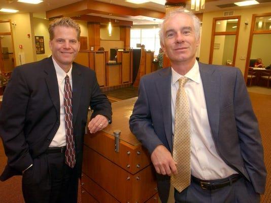 -090810 bank merger 1 biz VRH.jpg_20100907.jpg