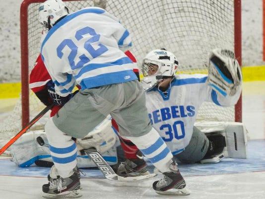 BUR 0202 CVU SB hockey_2.jpg