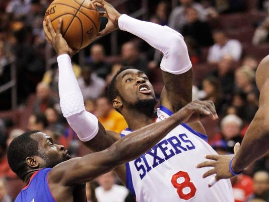 Pistons 76ers Basketball (2)