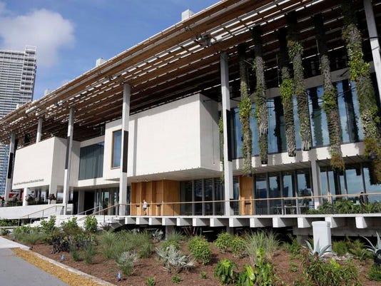 Miami_Art_Museum__sbihr@fortmyer.gannett.com_2.jpg