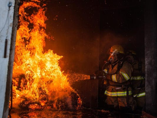STG fire training01 0111.jpg