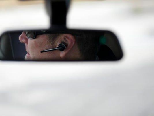 AP US Drivers Cellphone Ban.jpg
